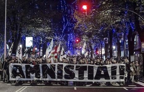 2015-11-28, BILBO.  Amnistiaren aldeko manifestazioa. 28-11-2015, Bilbo. Manifestación por la amnistia.